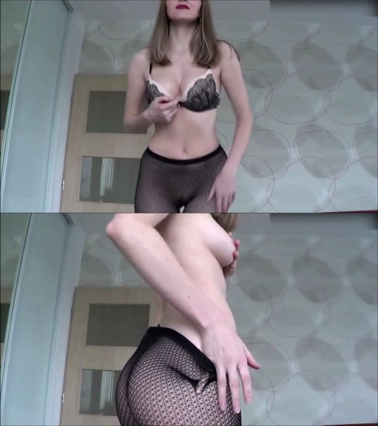 Lady Suzanne – Try not to look – Money Domme