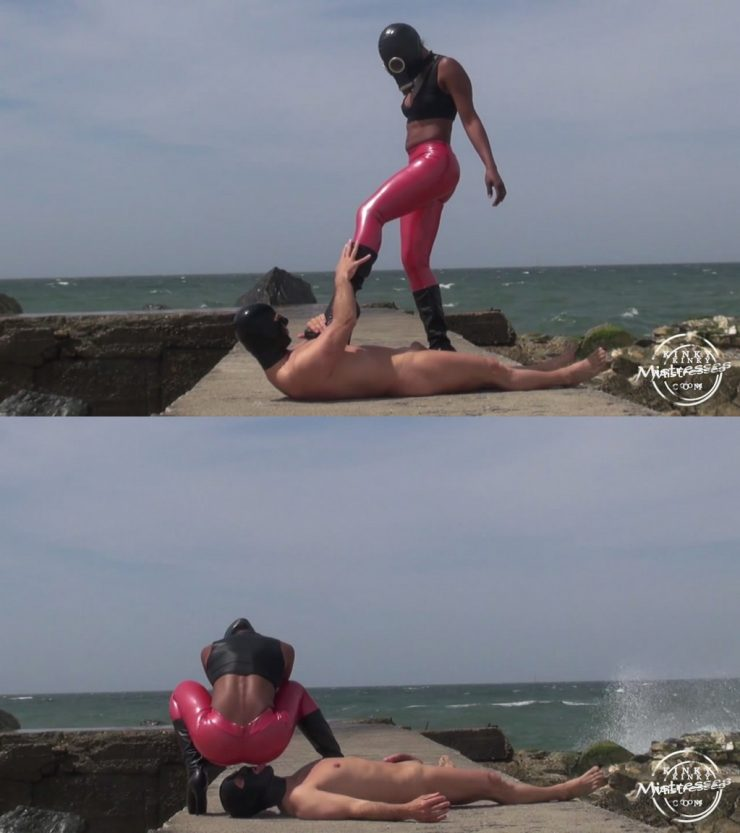 Kinky Mistresses Kinky Rio Lady: Boot Fun on The Beach – Boot Fetish